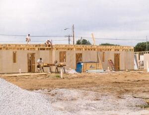Homasote. 440 SoundBarrier is a nearly 100% recycled nailable structural board made from cellulose fiber, with an insulating value of R-1.2 per 1/2 inch. Originally intended as a soundproofing product, the firm says it withstands jobsite weather and mistreatment better than standard, impregnated fiberboard, and offers shear strength sufficient for many exterior wall-bracing applications. 800.257.9491. www.homasote.com.