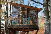 Tree House Moves With the Wind