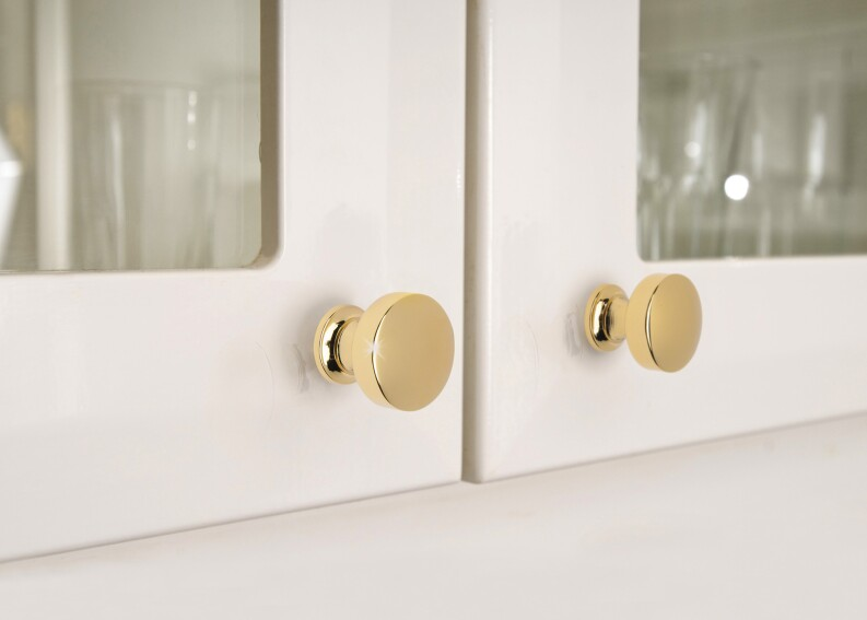 Finishing Touch: 7 Decorative Hardware Options