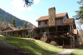 Morris Residence