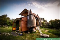 A Solar-Powered Mobile Home That Converts Into a Castle