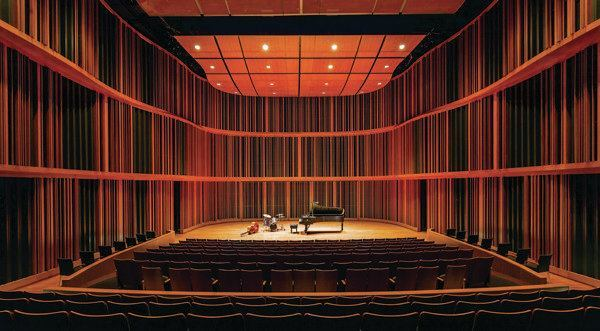 At Macalester College, Minneapolis-based   HGA Architects and Engineers collaborated with acoustician David Kahn to renovate a   350-seat concert hall   that can be tuned for   each performance.