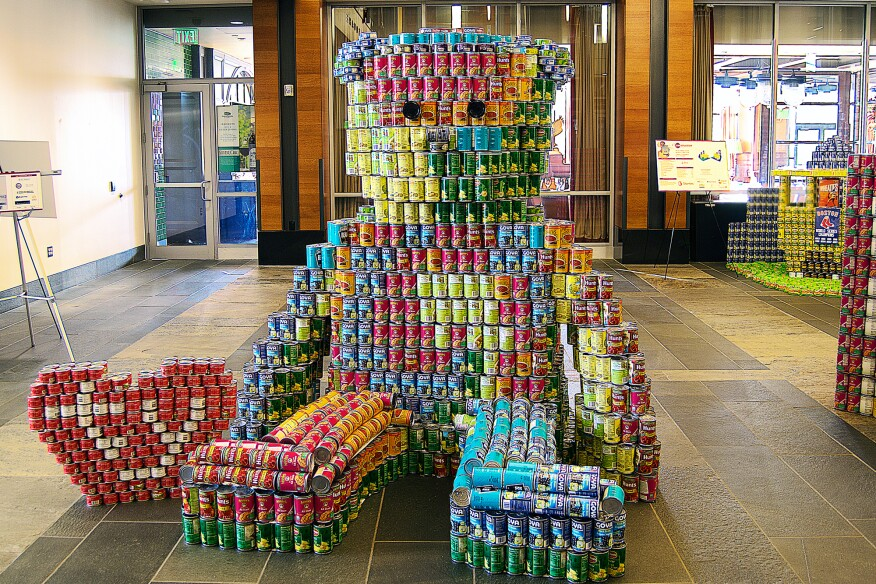 The Grateful Bean(ie), by Goody Clancy (2,905 cans)