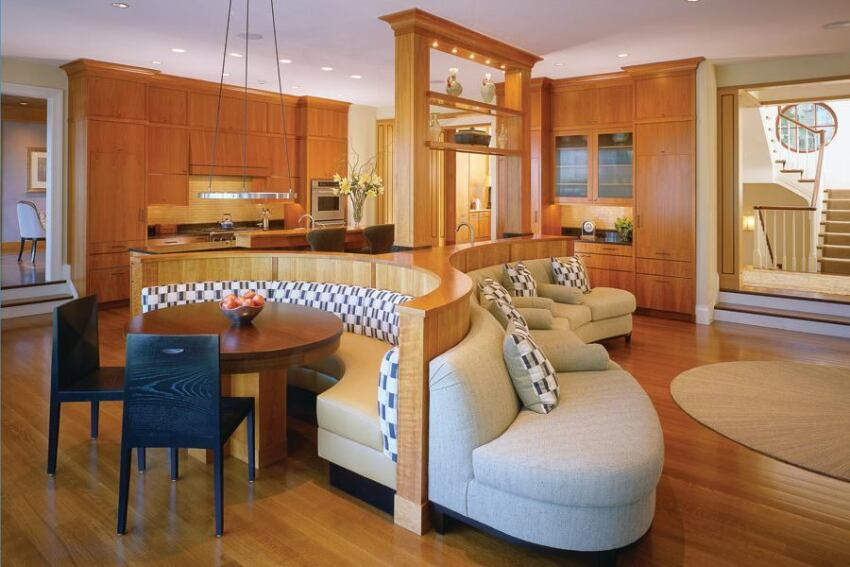 Three-Sided Banquette Anchors a Kitchen, Breakfast Area, and Family Room