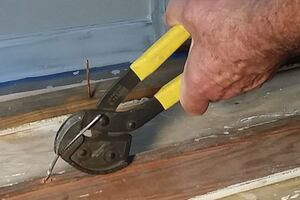 The Extractor Nail Puller
