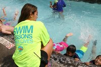 2016 World's Largest Swimming Lesson Breaks Records