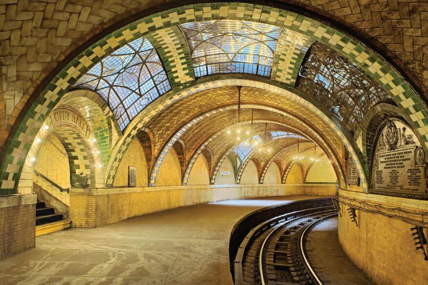 Guastavino tile vaults with polychrome glaze in the defunct City Hall Subway Station, New York. Architects: Heins and LaFarge (1904)