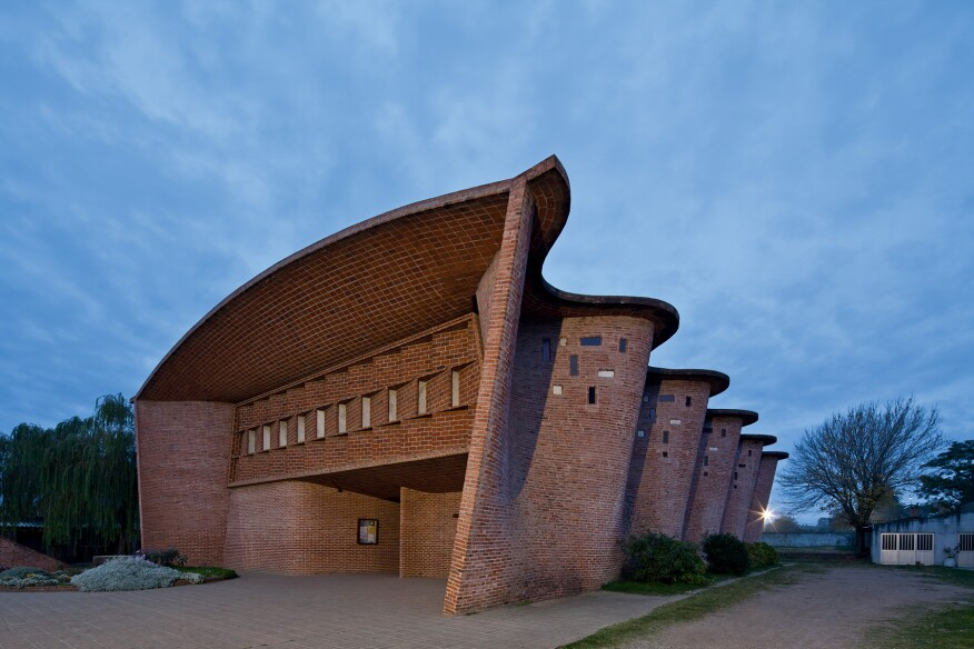 Eladio Dieste. Church in Atlantida, Uruguay, 1958.