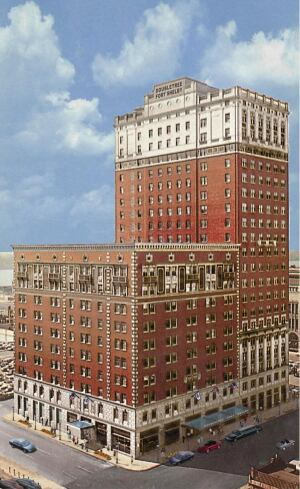 PAST AND PRESENT: Adjacency to a historic hotel will help Fort Shelby Tower Apartments lease its 54 apartments and two  penthouse units.