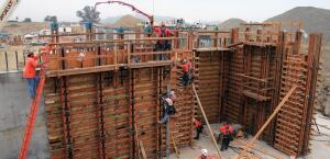 Morley Construction starts work on the foundation walls for the new $1 billion Palomar Medical Center West hospital in Escondido, Calif.