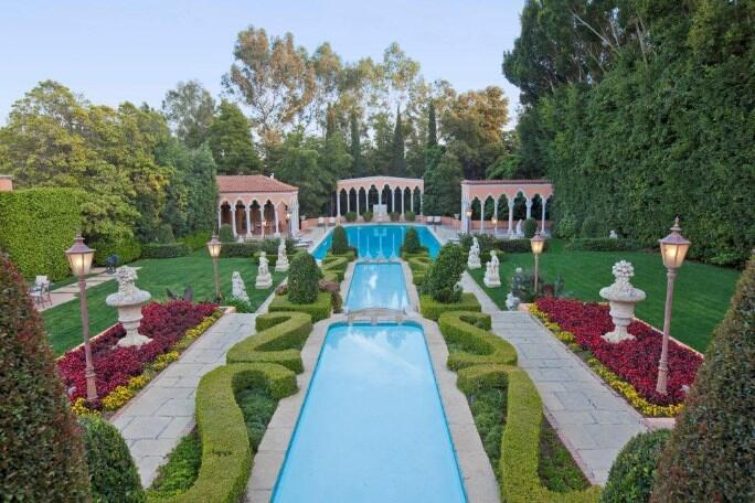 Luxury Beverly Mansion For Sale