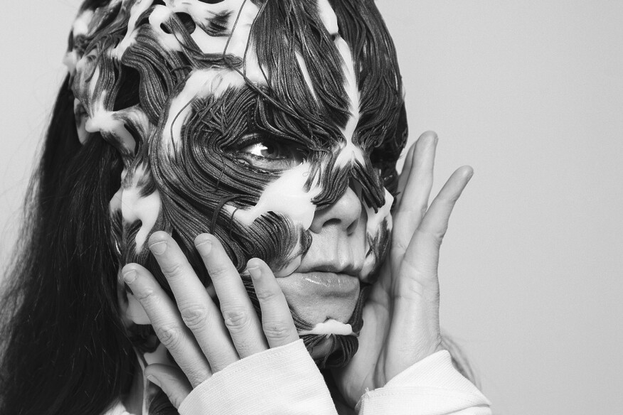 Björk wearing the Rottlace mask.