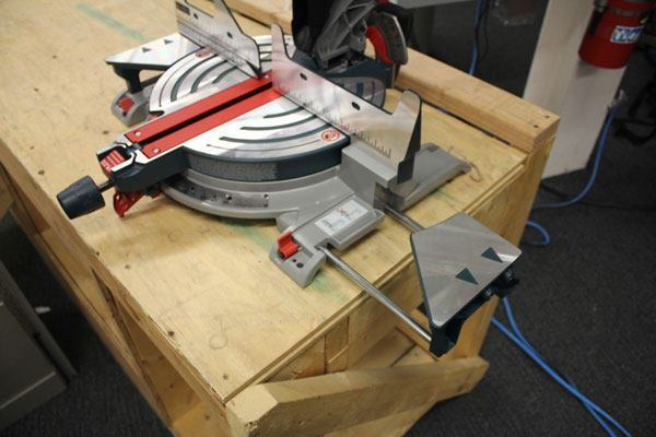 Bosch Cm12 Miter Saw Tools Of The Trade Miter Saws