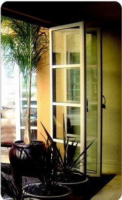 The increasing popularity of outdoor living has created a healthy demand for long-span door systems, which let homeowners create continuity between indoor and outdoor spaces. Although these products were conceived with new construction in mind, many of them have been finding their way into retrofits.