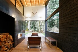 Courtyard House on a River