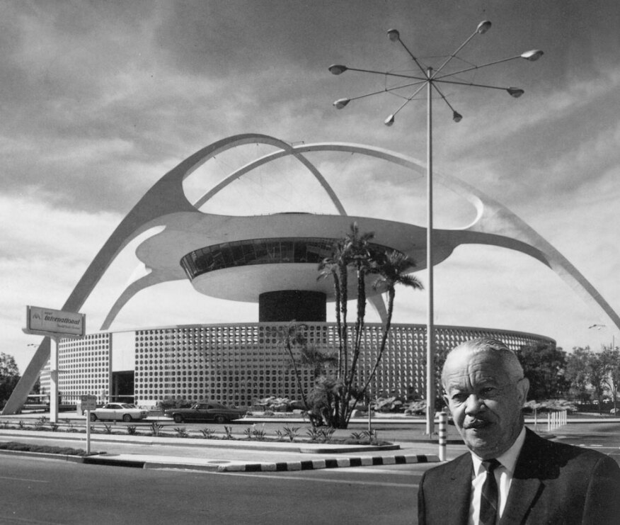 Shulman's portrait of Williams in front of the Theme Building at LAX