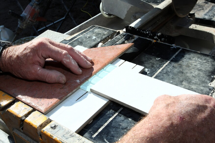 Working With Glass Tile Jlc Online Tile Interiors