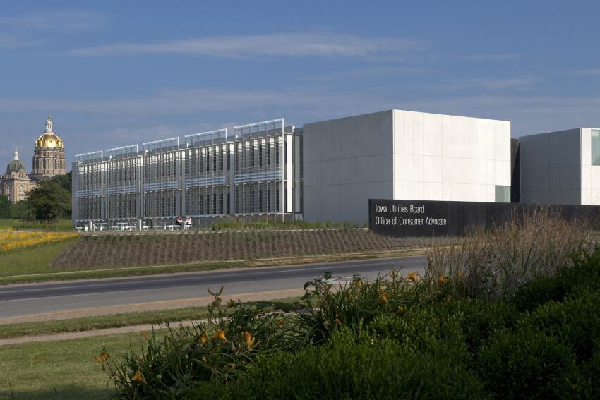 2012 AIA COTE Top Ten Green Project: Iowa Utilities Board Office of Consumer Advocate Building