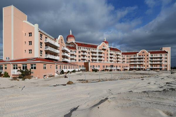 The Lido Beach Towers on Long Beach Island in New York, a structure that was re-clad in EIFS, survived Superstorm Sandy intact, despite the devastation of the property and the interiors.