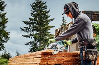Makita Rear-Handle Cordless Circular Saw
