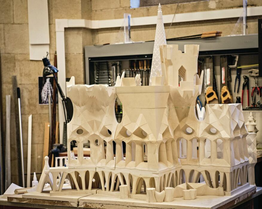 Realizing the geometric complexity of Gaudí's vision for Sagrada Família has been helped by the advent of 3D printing and modeling technology. Ultra-precise resin mock-ups made by consultants, such as 3D Systems, have assisted in guiding decisions about the project's design and structural behavior.