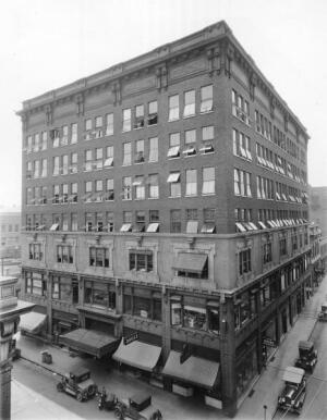 The original Shenandoah Building, circa 1911.