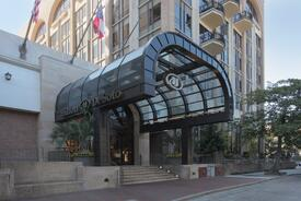 Hilton Savannah DeSoto Hotel
