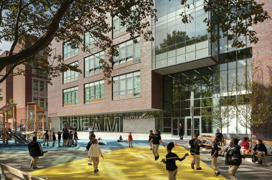 2016 MFE AwardsAffordable: MeritEast Harlem Center for Living and LearningPerkins Eastman Architects