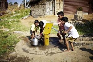 Atlas Copco Calendar 2014 - commercial Water for All