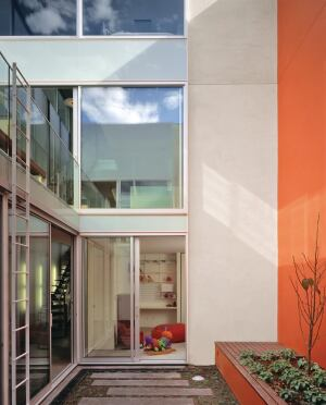 An interior courtyard offers more opportunities to bring natural light into this Anne Fougeron Architecture home in San Francisco.
