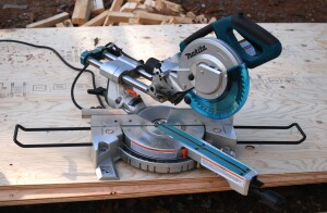 "Makita 8 1/2"" miter saw"