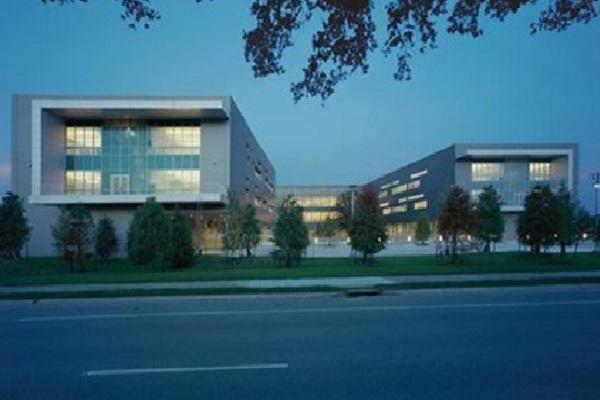 Eskew+Dumez+Ripple designed L.B. Landry High School as a quick-start project in the aftermath of Hurricane Katrina.