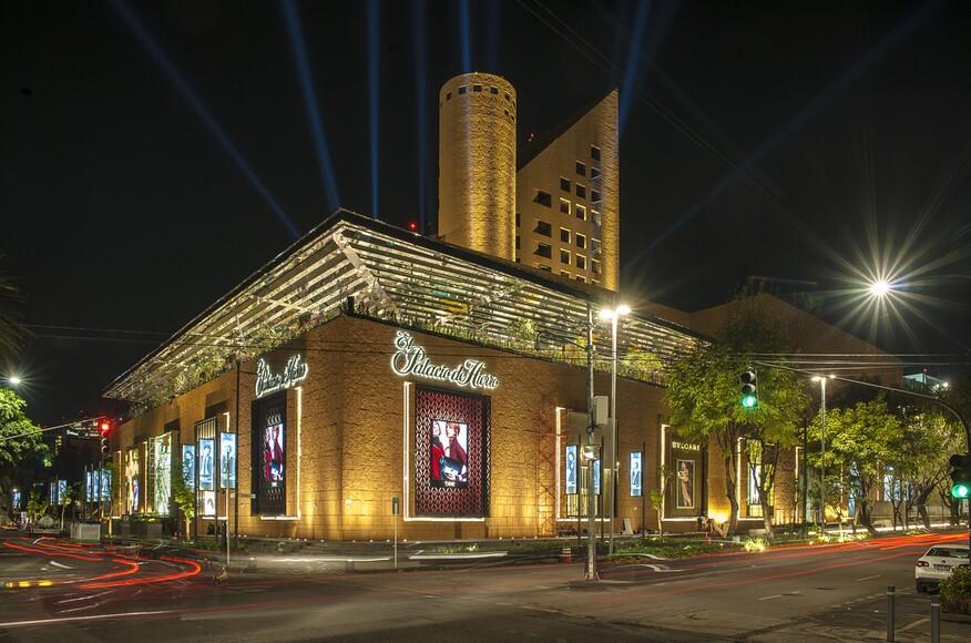 El palacio de hierro polanco architect magazine for Palacio de los azulejos mexico