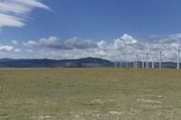 Construction of the First U.S. Wind Power Farm Enters Final Phase