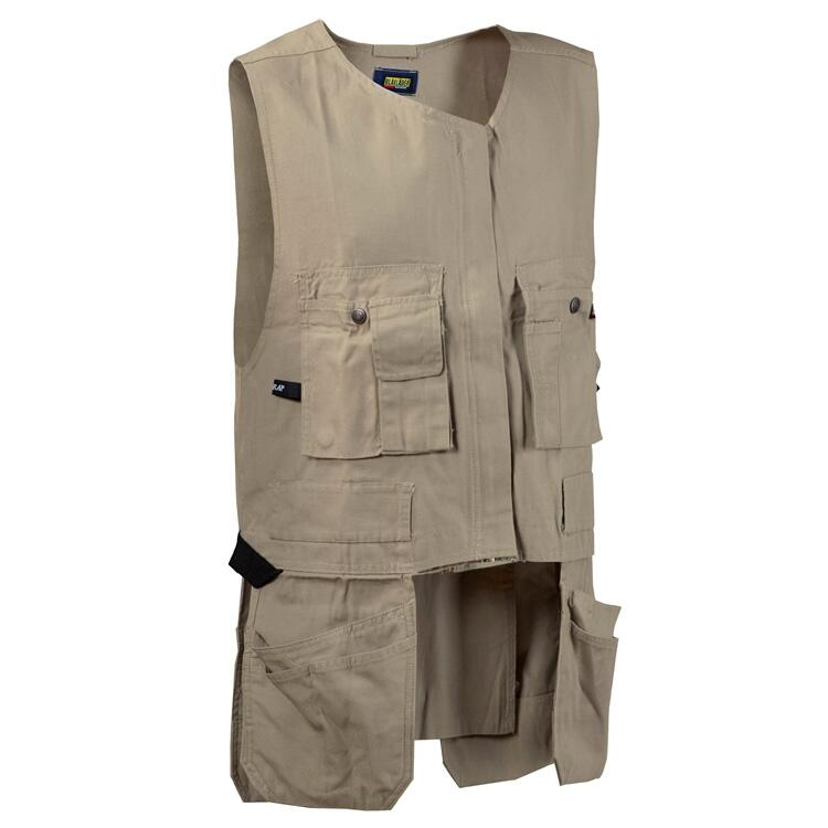 Blaklader's Kangaroo Vest 3120 is a sturdy, flexible, medium-weight, 100% cotton vest with a second front zipper for optional expansion over a jacket.