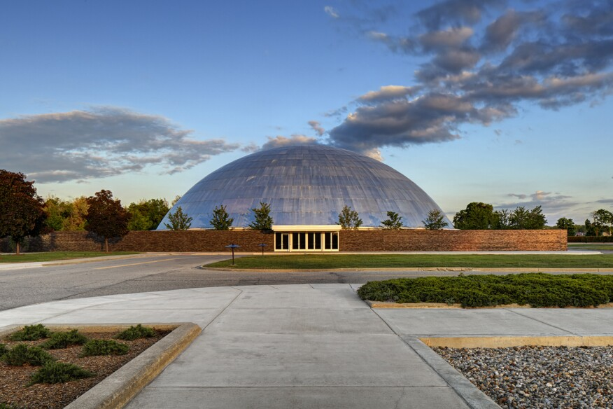 Design dome at the GM Tech Center, designed by Eero Saarinen.