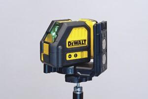 DeWalt Cross-Line Green Laser