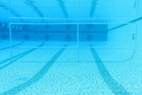 With an Underwater Fence, Beginning Swimmers Get a Grip on Fear