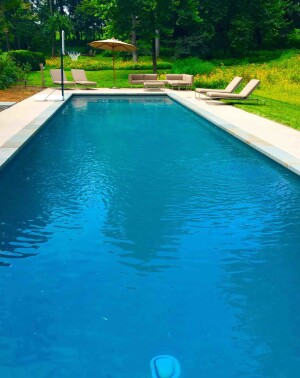 A Colorado Residential pool that upgraded to Clear Comfort's chlorine-free pool sanitation system.