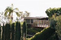 Pretty as a Picture: A Modernist Remodel in California