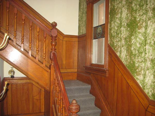 Existing interior stair.