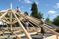 Va. dealer hosts Hungarian carpenters