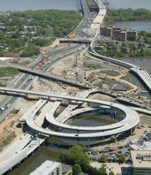 Recipe for a bottleneck: Build a six-lane bridge, then an eight-lane interstate. The  new Woodrow Wilson Memorial Bridge is 12 lanes to match the 12-lane  beltway around the nation's capital. This 2006 photo looks from Virginia  to Maryland. Photo: Trevor Wrayton, Virginia DOT
