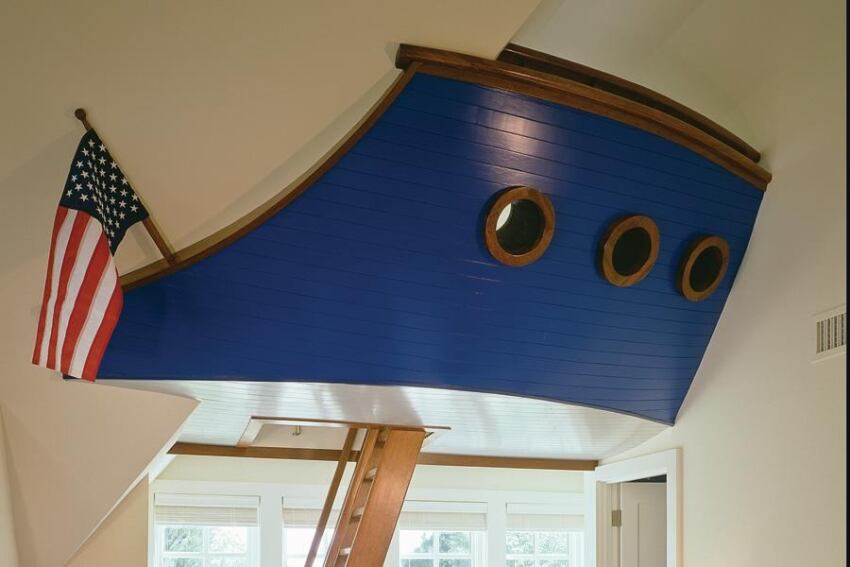A Nautical Play/Sleeping Loft Provides Children With a Well-Designed Escape