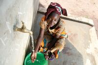 U.S. Techs Aid African Children With Clean Water