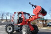 Rubber tire mulching tractor
