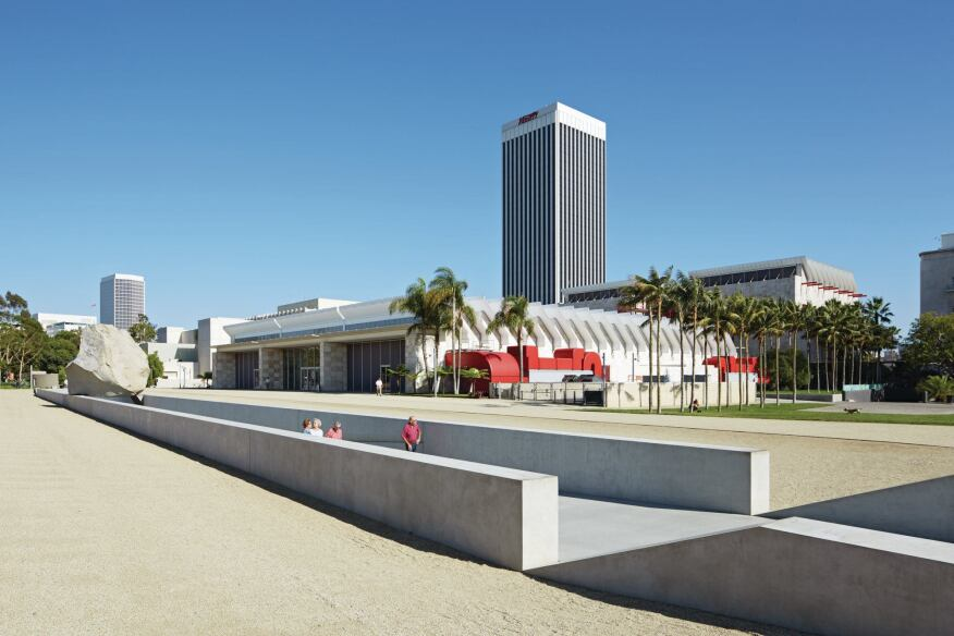 Rznao Piano's Resnick Pavilion at LACMA, which would not be affected by Zumthor's proposal.