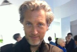Post-plane, made the rounds of pre-fair previews. Bump right into none other than Marcel Wanders. MW = ubiquitous at #salone2012.