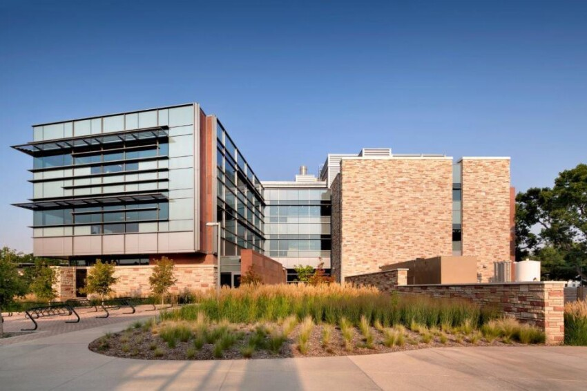CSU Suzanne and Walter Scott, Jr. Bioengineering Building