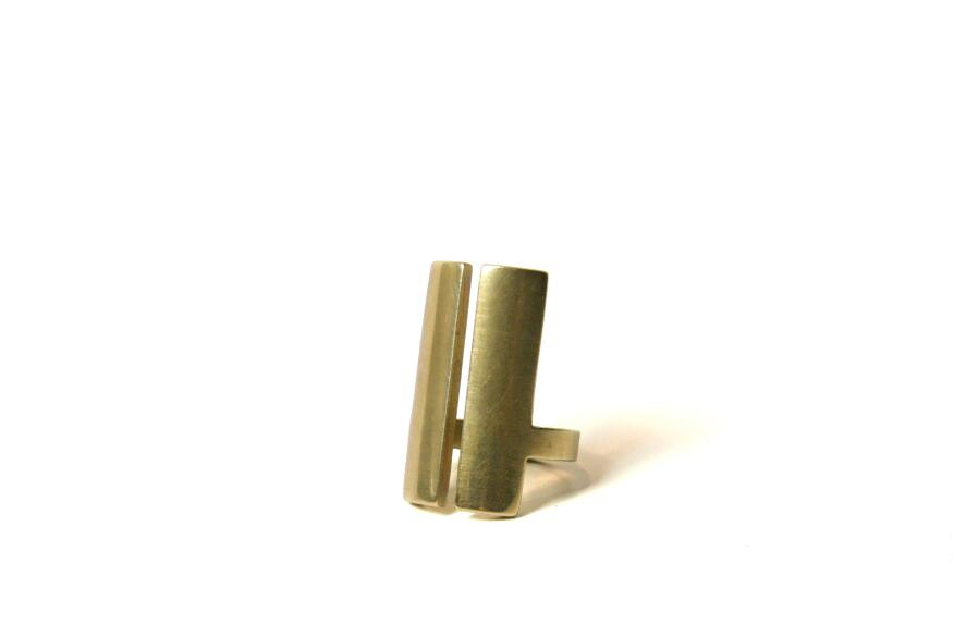 Split ring, natural finish, Marmol Radziner Jewelry.